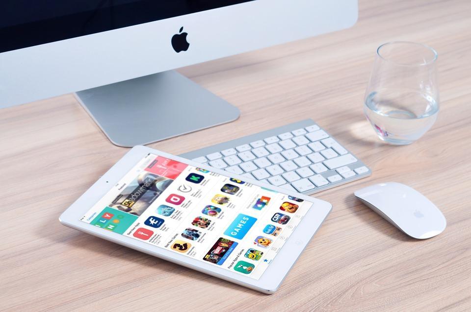 como buscar datos de personas facebook twitter telefono celular internet web españa