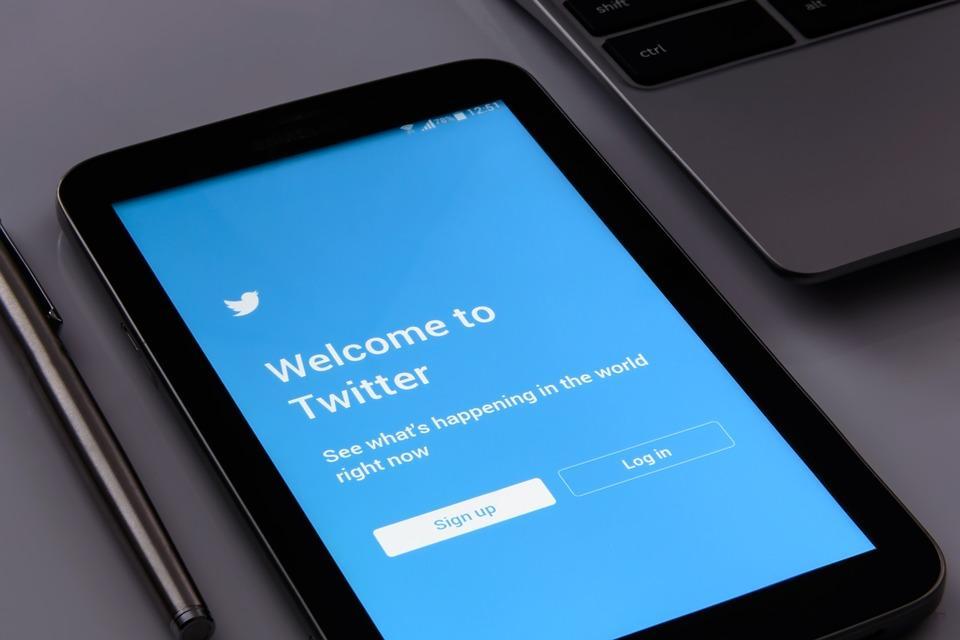 como buscar personas en Twitter internet herramienta busqueda pagina web españa telefono