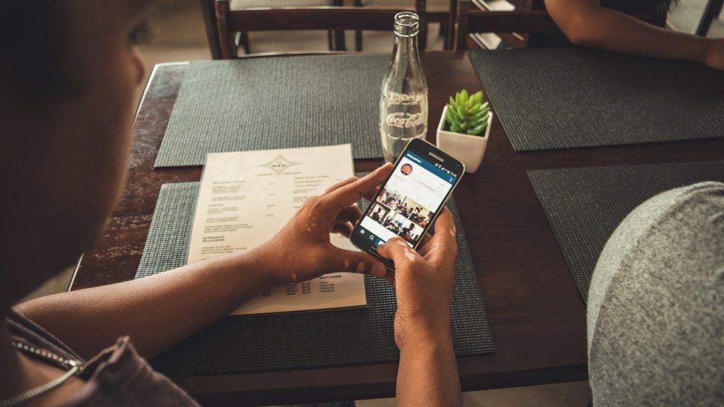 Como buscar personas en instagram red social web internet españa 2017 metodo forma busqueda telefono persona maner