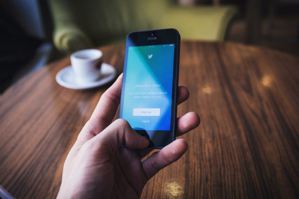 Como buscar personas en redes sociales buscando buscador métodos maneras formas facebook personas instagram twitte