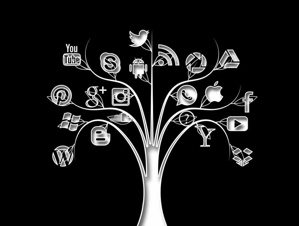 Como buscar personas en redes sociales internet buscando web facebook instagram twitter