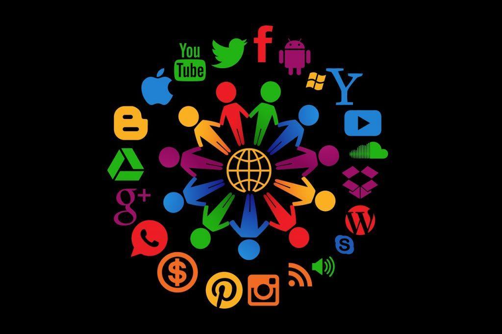 Como buscar personas por nombre y ciudad formas buscando busqueda redes sociales Internet Facebook Redes sociales