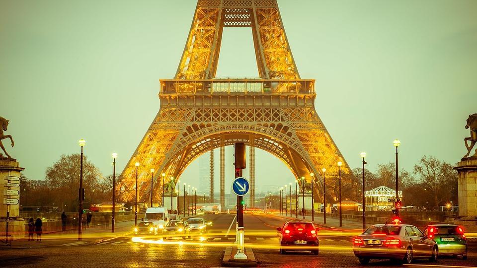 como buscar personas en francia torre eiffel buscar buscando buscador sitios lugares país frances